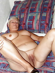 Experienced woman in xxx gallery