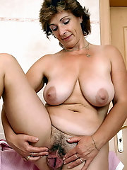 Best matures and grannies