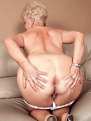 Prurient mature momma in xxx gallery